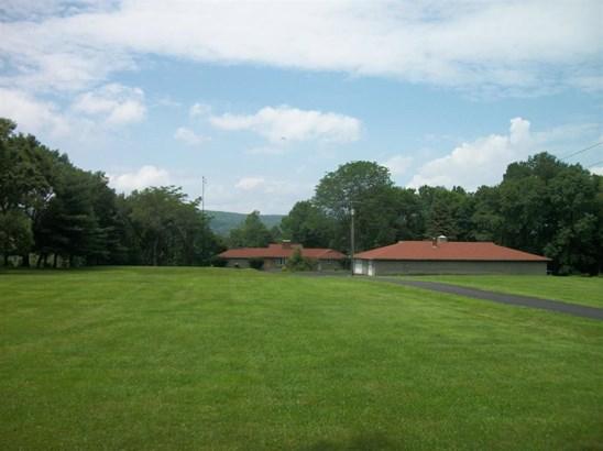 6853 County Rd 32, North Norwich, NY - USA (photo 2)