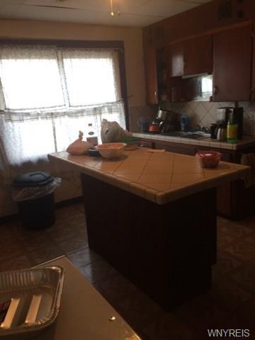56 Barbara Place, Cheektowaga, NY - USA (photo 3)