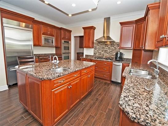 4370 Breckenridge Circle, Collier Twp, PA - USA (photo 2)