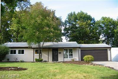24525 Uppingham Rd, Bedford Heights, OH - USA (photo 1)