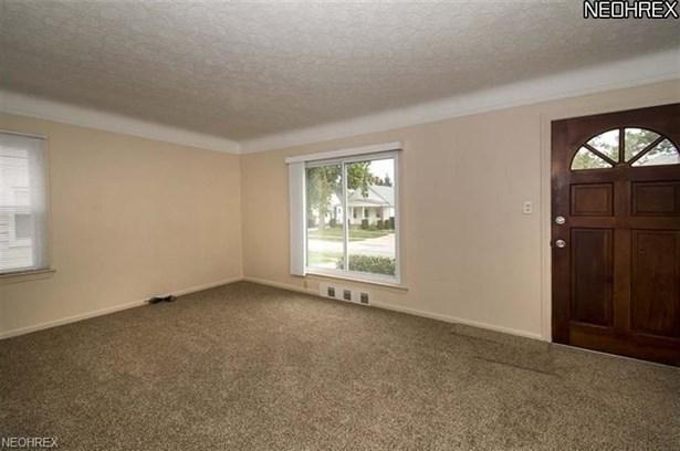 4380 Prasse Rd, South Euclid, OH - USA (photo 2)
