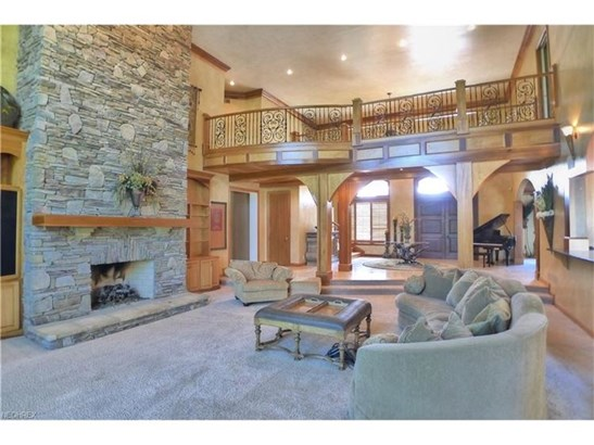 7477 Birkdale Ct, Solon, OH - USA (photo 5)