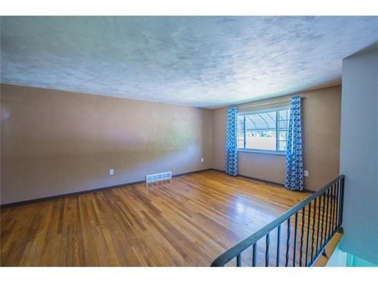 1511 Greenock Buena Vista Rd, Boston, PA - USA (photo 2)