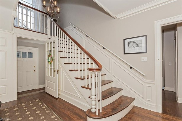 21899 Parnell Rd, Shaker Heights, OH - USA (photo 4)
