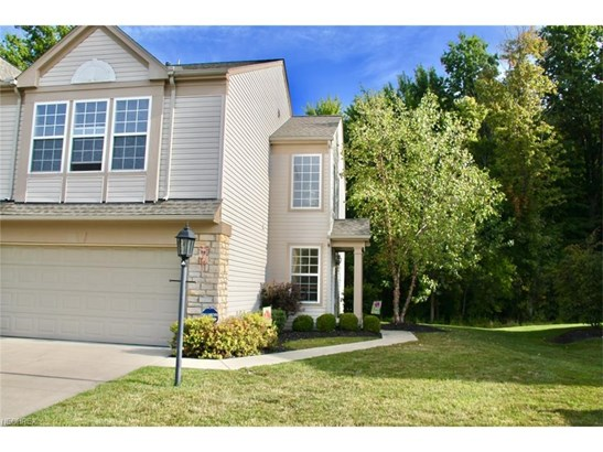 1374 Kendal Dr, Broadview Heights, OH - USA (photo 1)