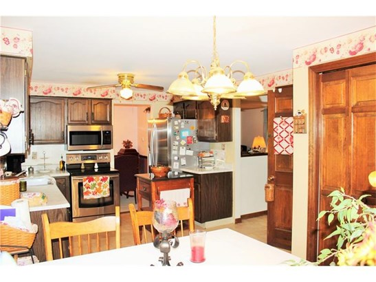 9254 Wedgewood Dr, Plum, PA - USA (photo 5)