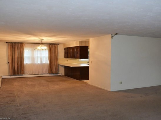 74 Melrose Dr, Concord Twp, OH - USA (photo 3)