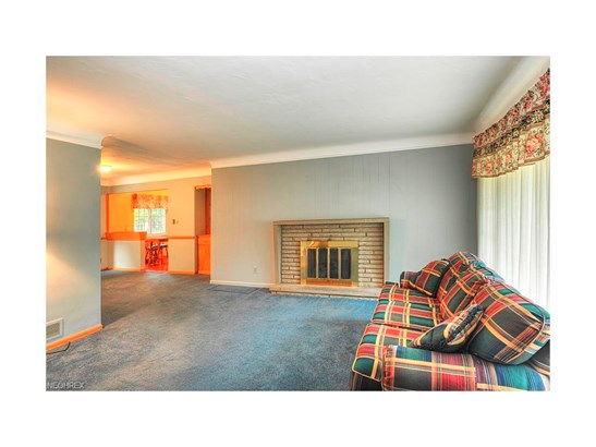 2810 Wildflower Dr, Rocky River, OH - USA (photo 4)