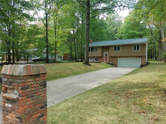 3024 Rockefeller Rd, Willoughby Hills, OH - USA (photo 1)