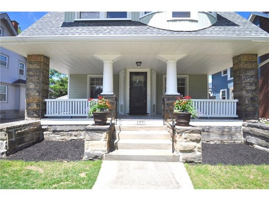 2991 E Overlook Rd, Cleveland Heights, OH - USA (photo 2)