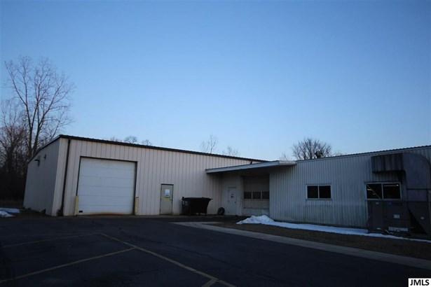 655 Ballard Rd, Jackson, MI - USA (photo 4)