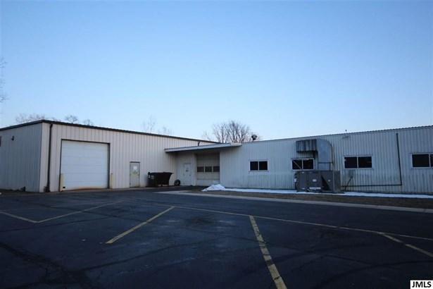 655 Ballard Rd, Jackson, MI - USA (photo 5)