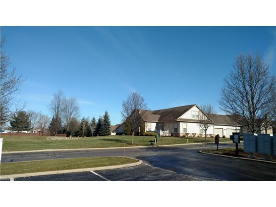 5229 Redford Dr, Brunswick, OH - USA (photo 3)
