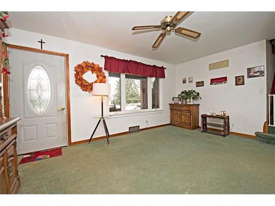 206 Wayne St, Lower Burrell, PA - USA (photo 4)