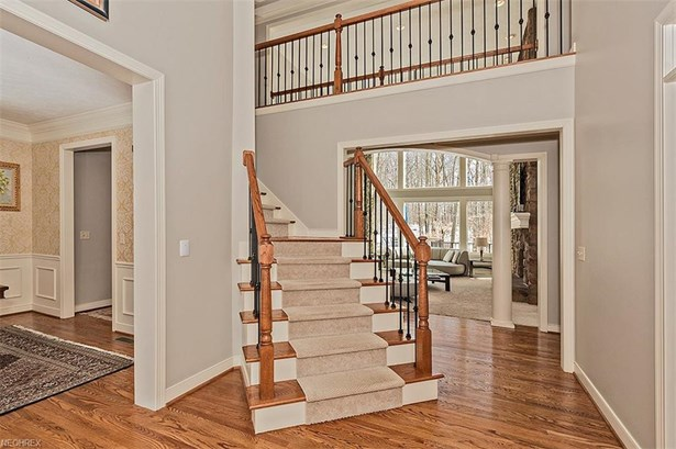 7995 Woodberry Blvd, Chagrin Falls, OH - USA (photo 2)