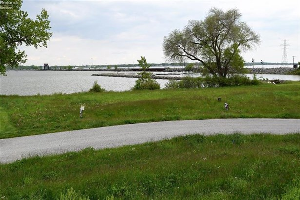 2947 S Waterside Court, Marblehead, OH - USA (photo 2)