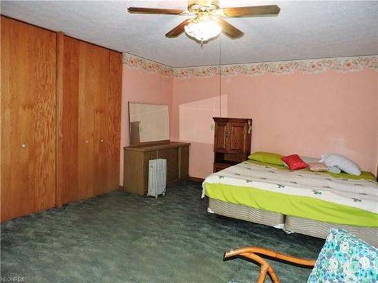 6006 Mackenzie Rd, North Olmsted, OH - USA (photo 5)