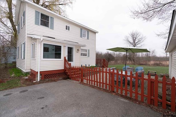 596 Meadowdale Rd, Altamont, NY - USA (photo 2)
