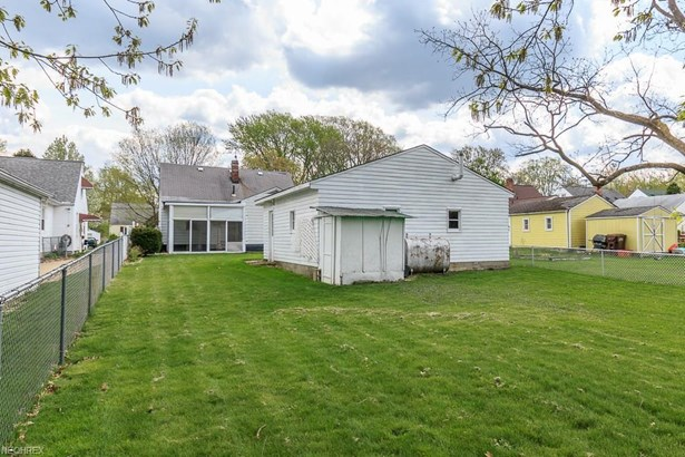 134 Carroll Ave, Painesville, OH - USA (photo 4)