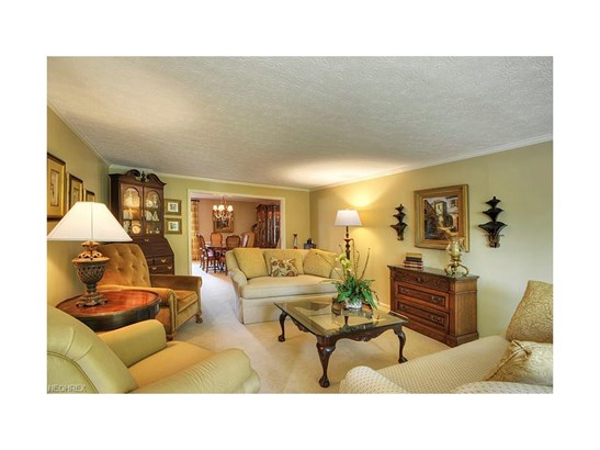 21565 Avalon Dr, Rocky River, OH - USA (photo 4)
