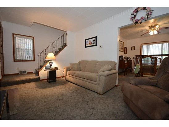 2814 Clermont Ave, Brentwood, PA - USA (photo 2)