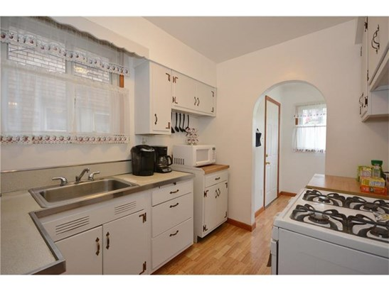 2814 Clermont Ave, Brentwood, PA - USA (photo 4)