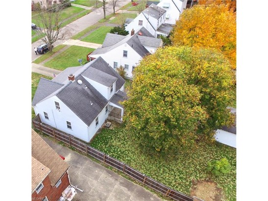 554 Wilbur Ave, Youngstown, OH - USA (photo 2)