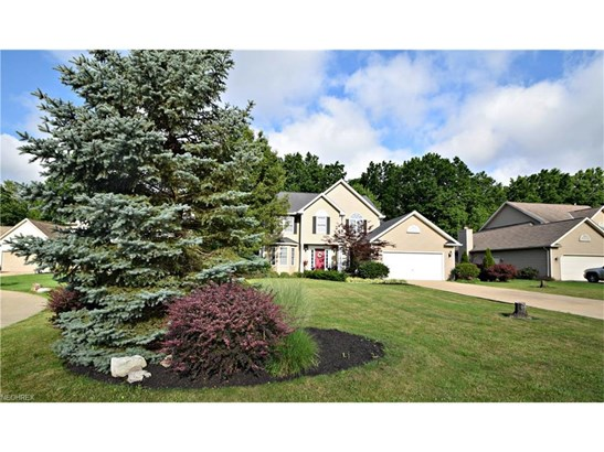 7352 Glenside Ln, Olmsted Township, OH - USA (photo 2)