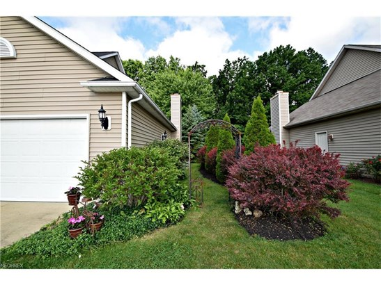 7352 Glenside Ln, Olmsted Township, OH - USA (photo 3)
