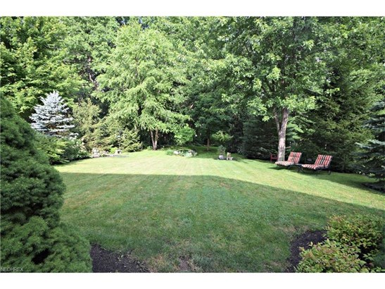 7352 Glenside Ln, Olmsted Township, OH - USA (photo 4)