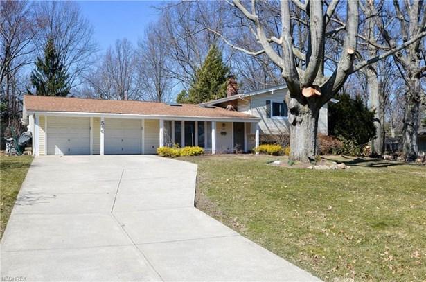 540 Sandalwood Dr, Bay Village, OH - USA (photo 2)