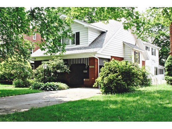 1205 Carlisle St, Natrona Heights, PA - USA (photo 1)