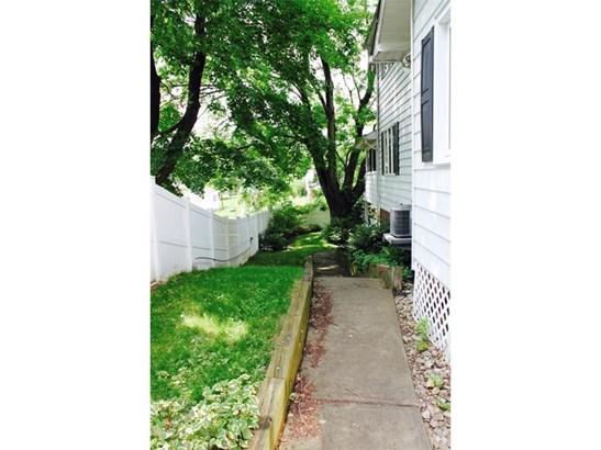 1205 Carlisle St, Natrona Heights, PA - USA (photo 3)