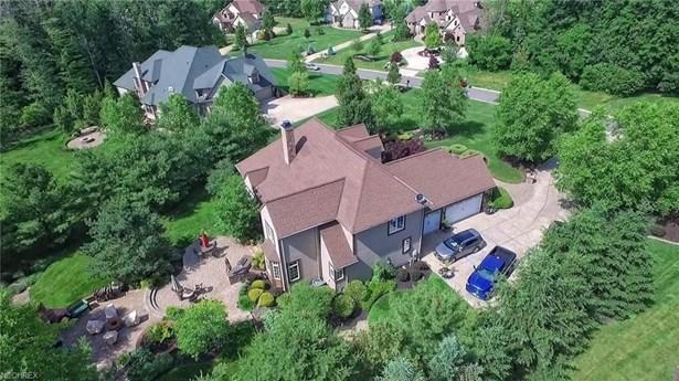 10564 Oakmont Way, Concord, OH - USA (photo 2)