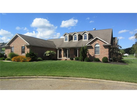 3977 Clay Se Ct, Dennison, OH - USA (photo 1)