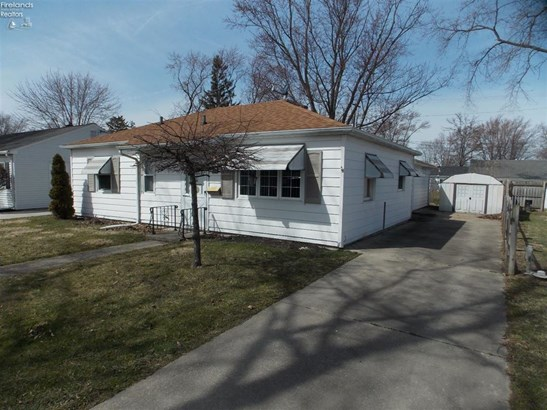 1390 Fleetwood Drive, Fremont, OH - USA (photo 1)