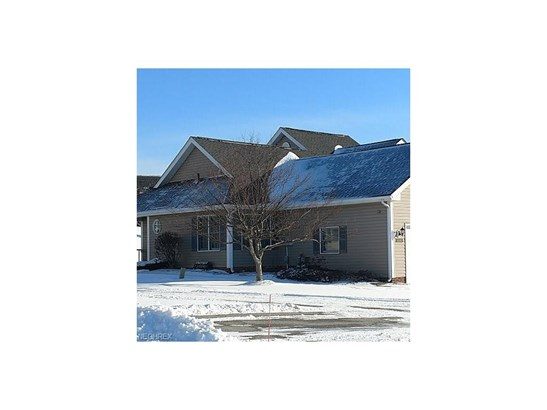 2120 Weatherwood Ln 1759, Broadview Heights, OH - USA (photo 1)