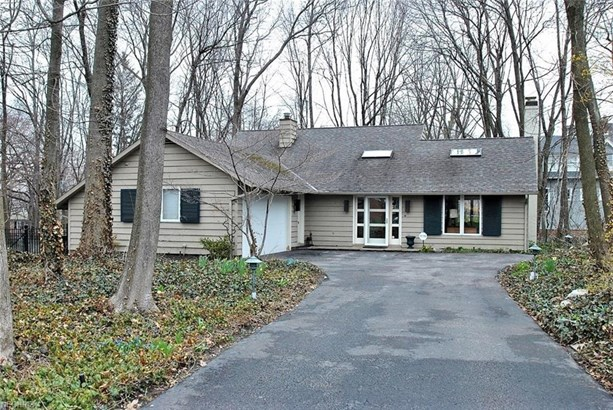 2635 Derbyshire Rd, Cleveland Heights, OH - USA (photo 1)