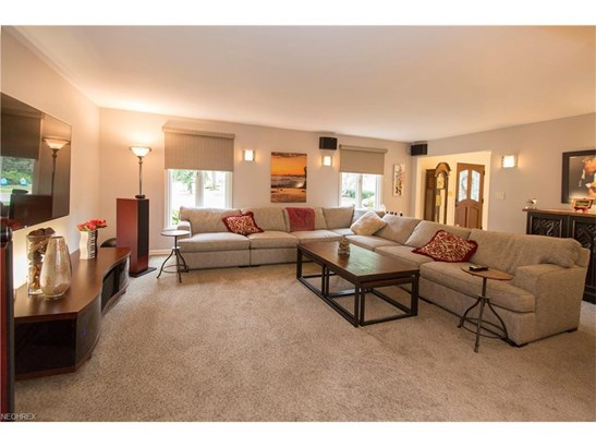 214 Plymouth Dr, Bay Village, OH - USA (photo 5)
