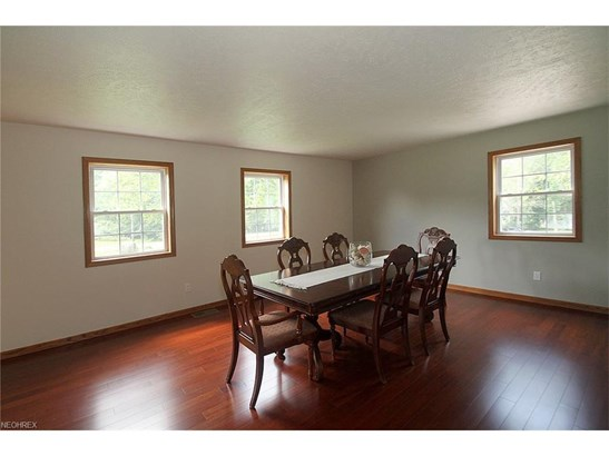 37441 Mayfriars Dr, Willoughby Hills, OH - USA (photo 4)