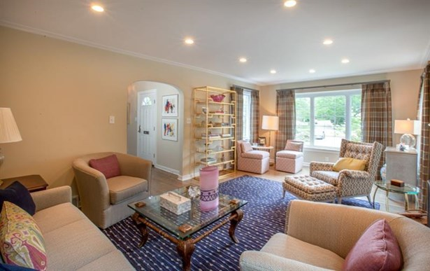 1166 Beechwood Court, Squirrel Hill, PA - USA (photo 4)
