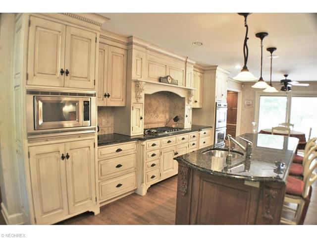 1139 W Hill Dr, Gates Mills, OH - USA (photo 3)