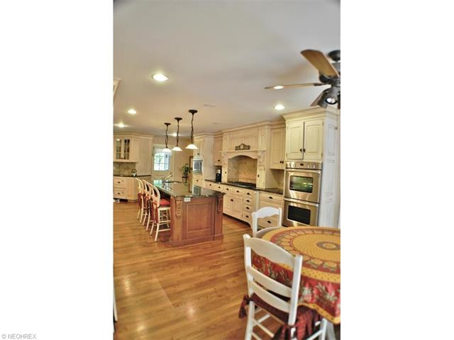 1139 W Hill Dr, Gates Mills, OH - USA (photo 4)