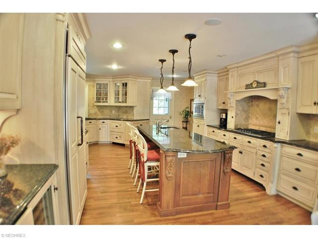 1139 W Hill Dr, Gates Mills, OH - USA (photo 5)