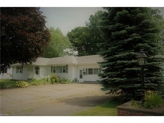 379 Walnut St, Conneaut, OH - USA (photo 1)
