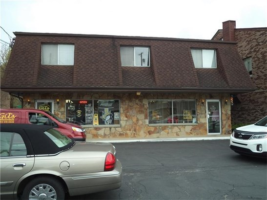 1510 Lincoln Way, White Oak, PA - USA (photo 1)