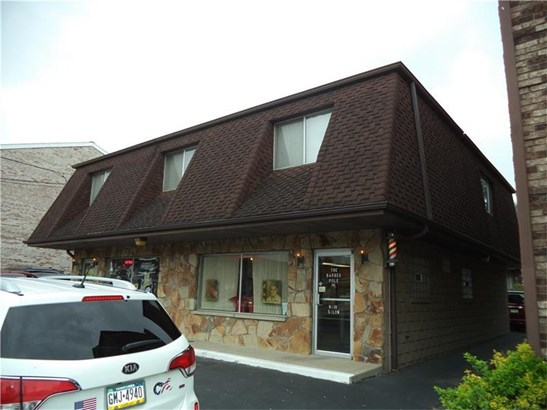 1510 Lincoln Way, White Oak, PA - USA (photo 2)