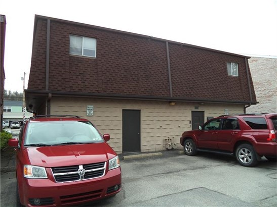 1510 Lincoln Way, White Oak, PA - USA (photo 3)