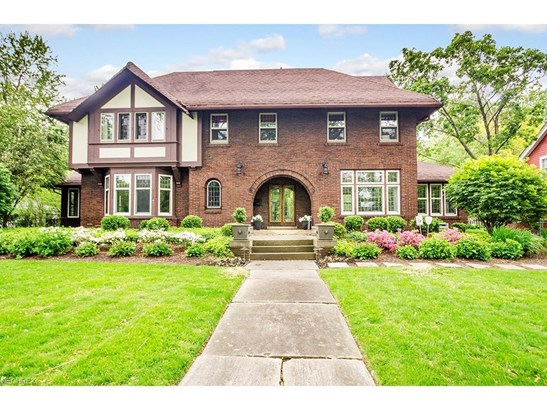 2847 Sedgewick Rd, Shaker Heights, OH - USA (photo 1)