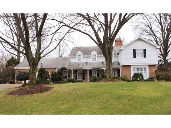 1410 Candlewood Drive, Upper St. Clair, PA - USA (photo 1)